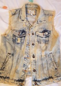 Forever 21 distressed acid wash jean vest